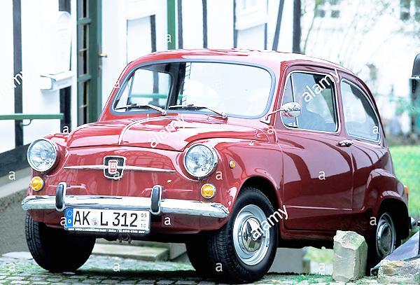 car-seat-600-model-year-1970-1973-vintage-car-old-car-1970s-seventies-B4EMBK.jpg.43c3c509a3dbd4a41947aca50841cb6e.jpg